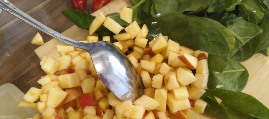 Ensalada de Espinaca y Manzana con Roquefort